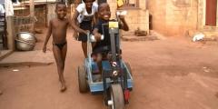 Regards-sur-lenfant-handicapé-au-Bénin-660x330.jpg